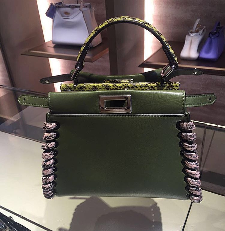 2022171556 Fendi Peekaboo Bag with Python Stitches Wholesale Suppliers ...
